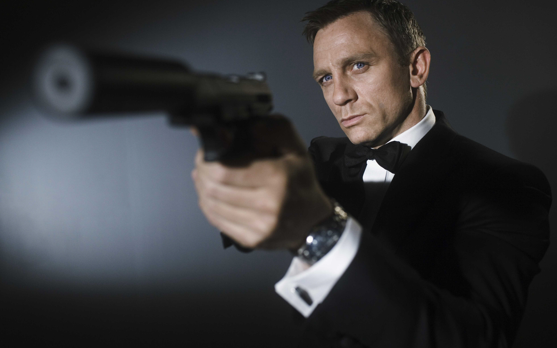 Daniel Craig Wallpapers High Resolution and Quality Download