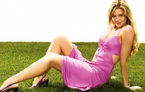 Denise Richards 4K