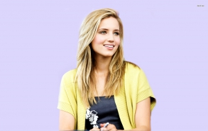 Dianna Agron High Definition Wallpapers