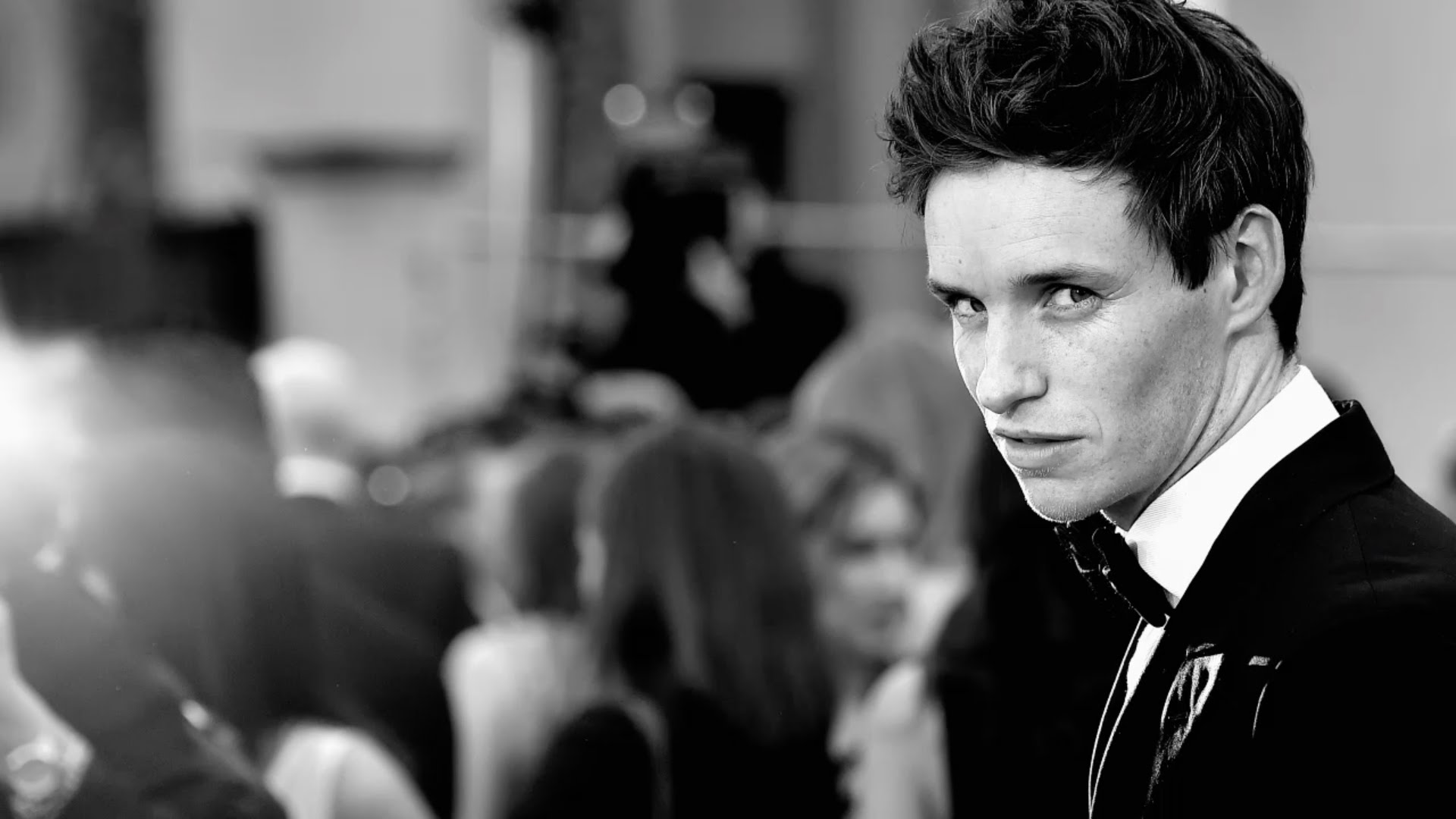 Eddie Redmayne Wallpap...