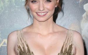 Eleanor Tomlinson Photos
