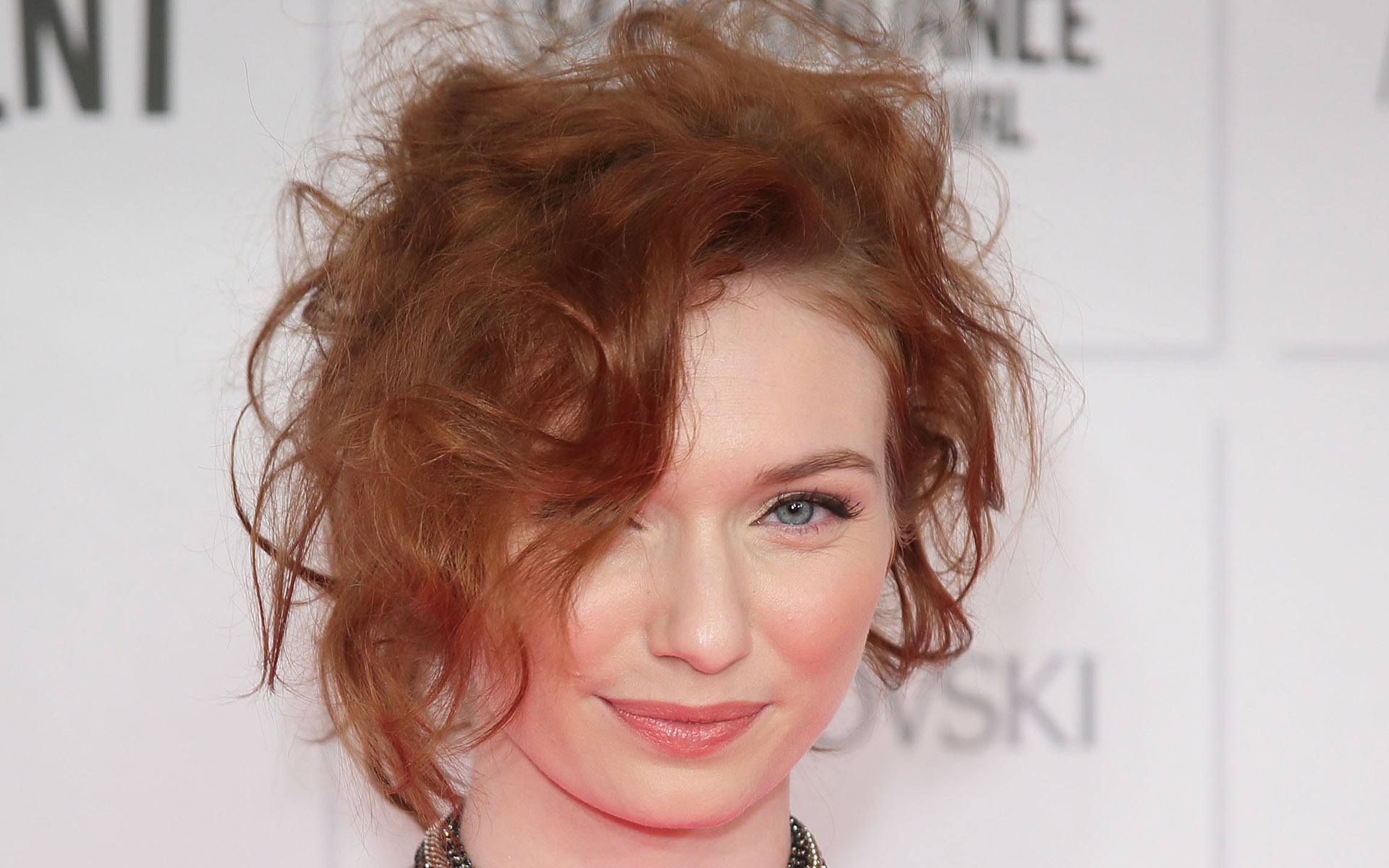 Eleanor Tomlinson Wall...