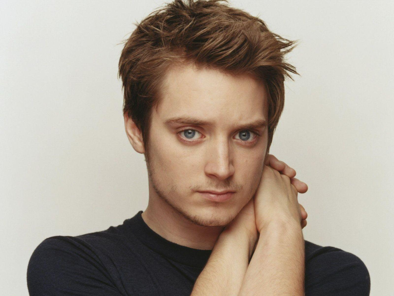 Elijah Wood Wallpapers...