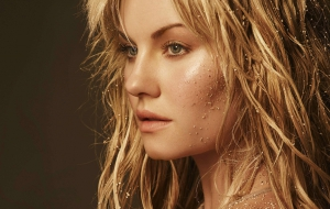 Elisha Cuthbert High Quality Wallpapers