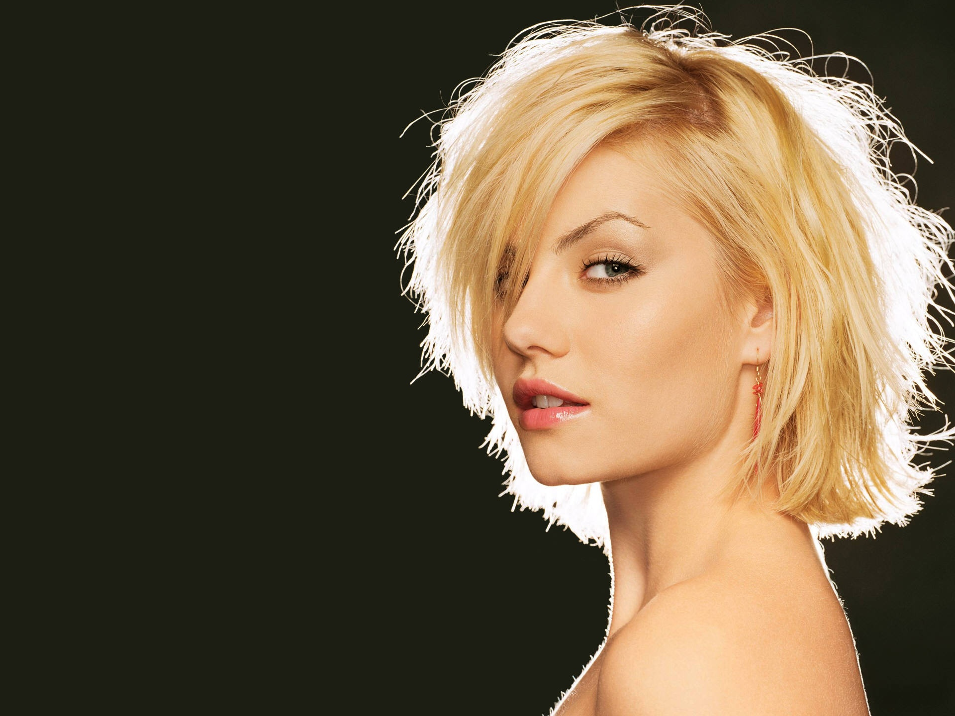 Elisha Cuthbert Hd Wallpapers: Elisha Cuthbert Wallpapers High Resolution And Quality