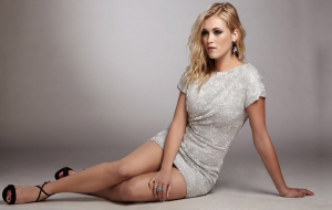 Eliza Taylor Photos