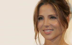 Elsa Pataky Background