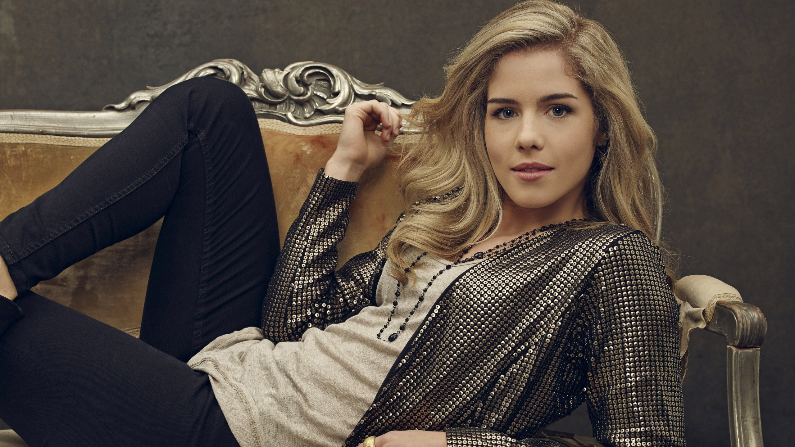 Emily Bett Rickards Wallpapers High Resolution And Quality