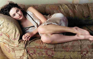 Emily Mortimer High Quality Wallpapers