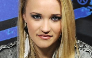 Emily Osment HD