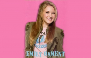 Emily Osment Photos