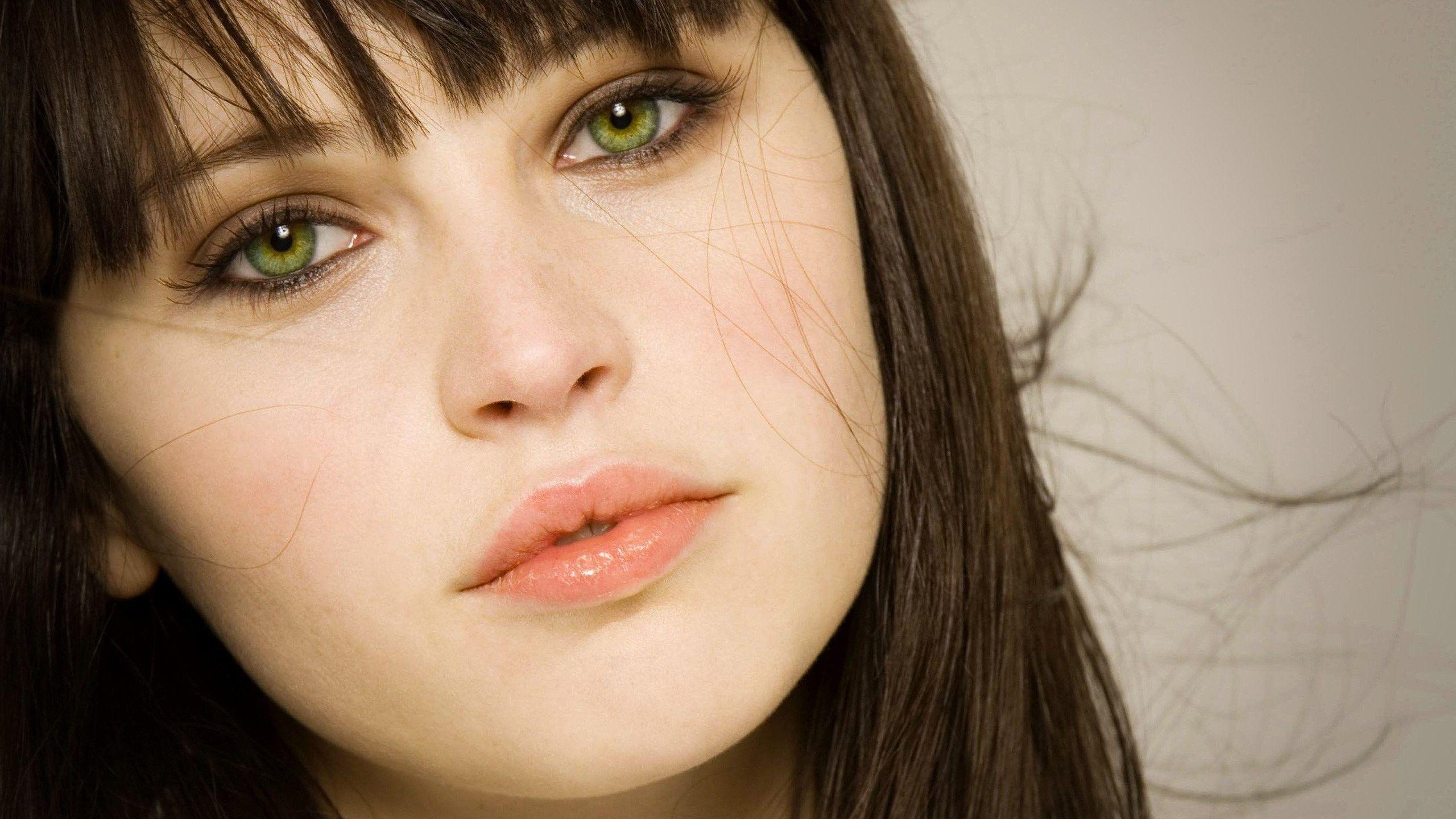 Felicity Jones Wallpapers High Resolution And Quality Download