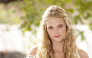 Gabriella Wilde HD Background