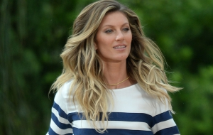 Exclusive Gisele Bundchen At A Commercial Shoot