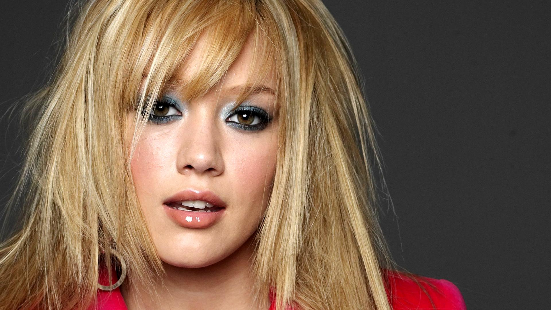 Hilary Duff Wallpapers High Resolution And Quality Download