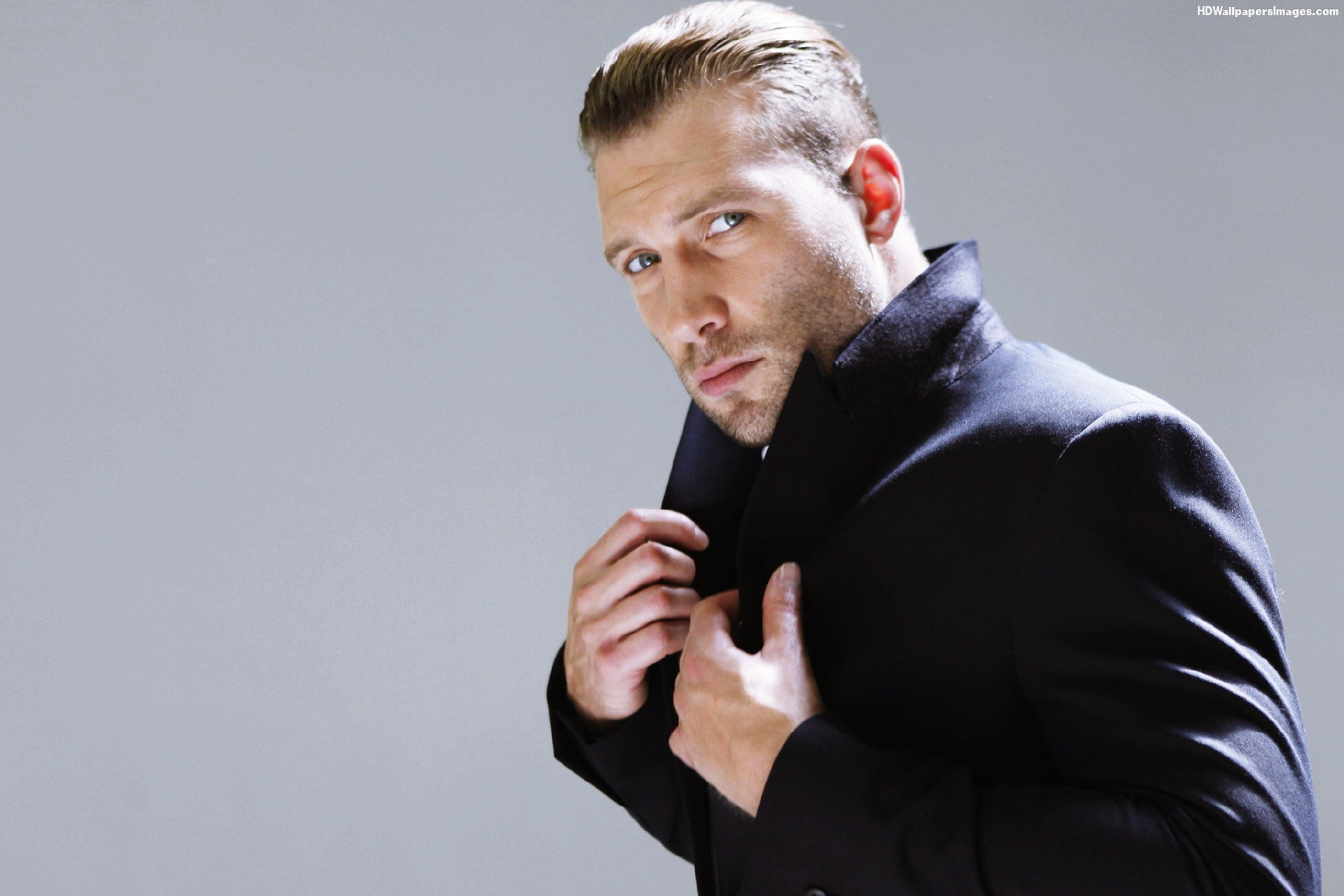 Jai Courtney Wallpapers High Resolution and Quality Download