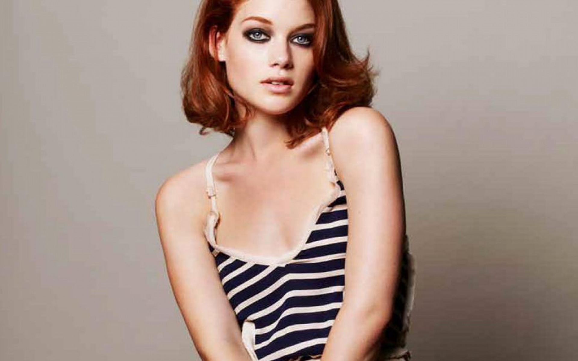 Jane Levy Wallpapers High Resolution And Quality Download
