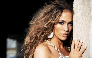Jennifer Lopez Widescreen