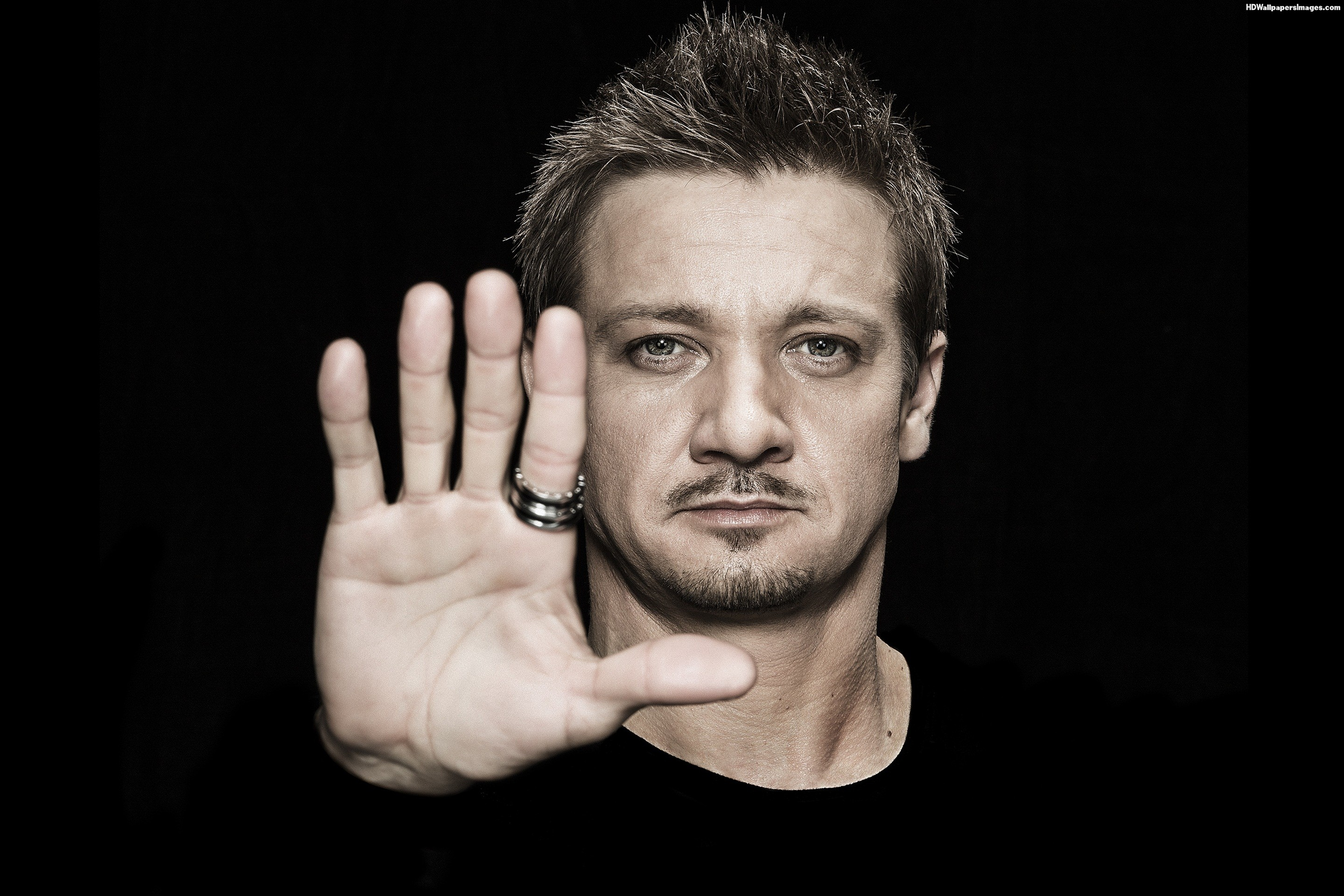 Jeremy Renner Wallpape...