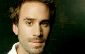 Joseph Fiennes HD Background