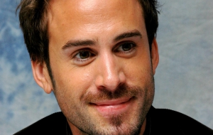 Joseph Fiennes High Definition
