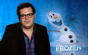 Josh Gad High Definition