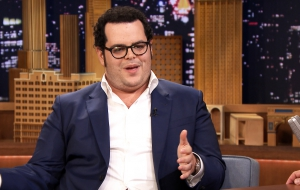 Josh Gad High Quality Wallpapers