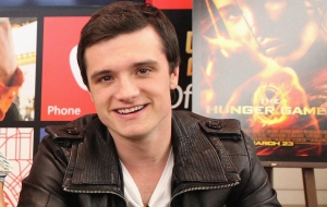 Josh Hutcherson For Desktop