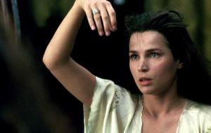 Julia Ormond HD Desktop