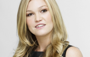 Julia Stiles Images