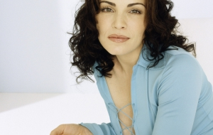 Julianna Margulies Pictures