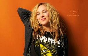 Juno Temple Desktop Images