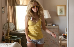 Juno Temple Widescreen