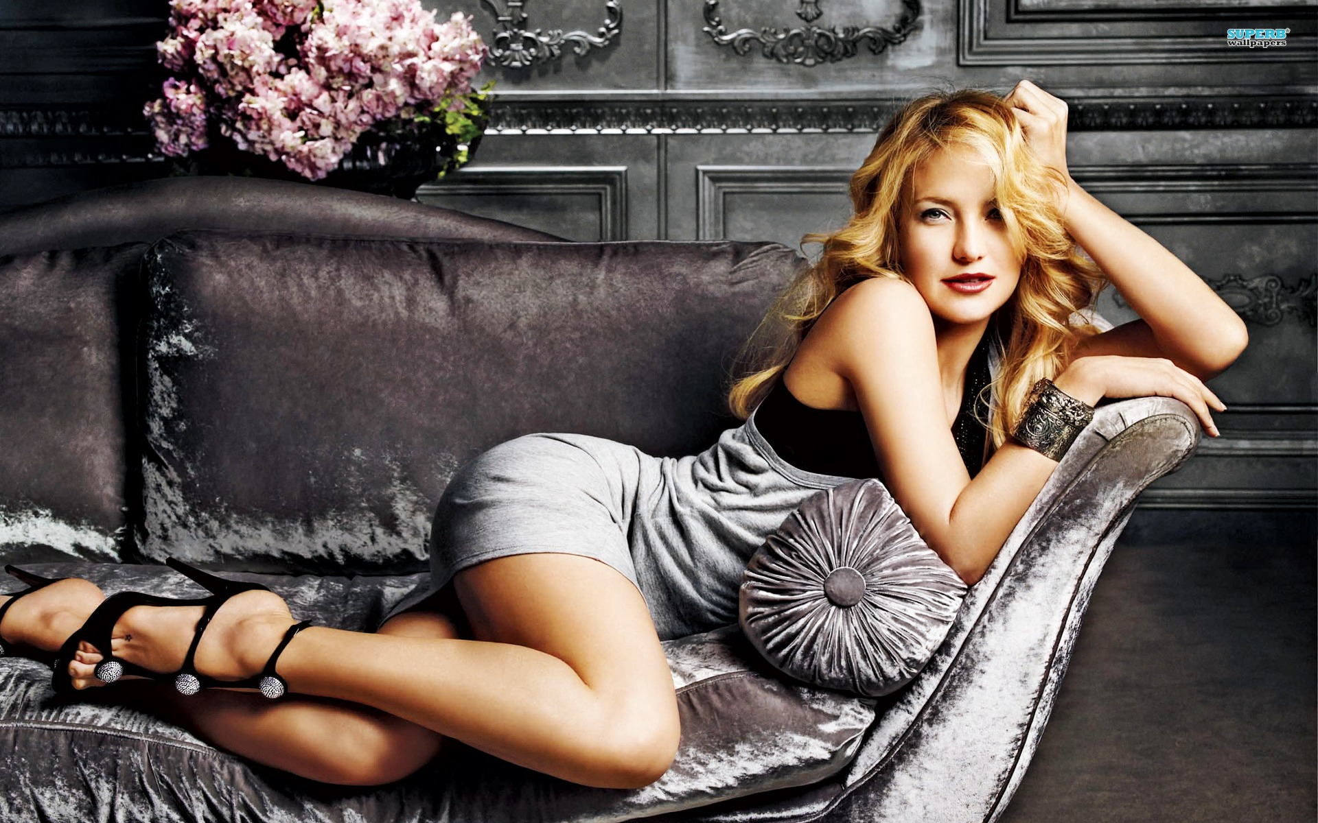 Celebrity photos in high resolution