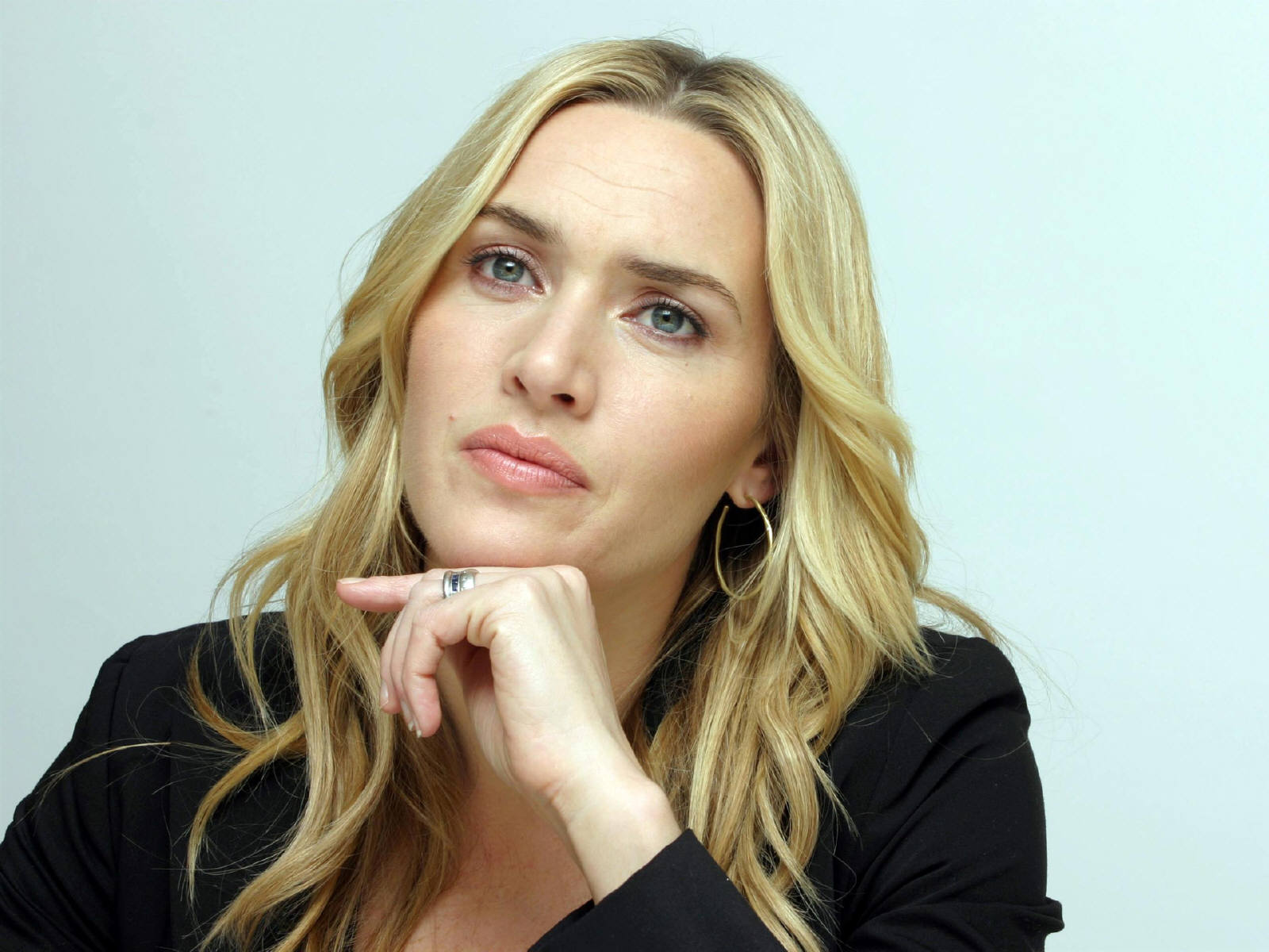 Kate Winslet Wallpapers High Resolution and Quality Download Kate Winslet Official Site
