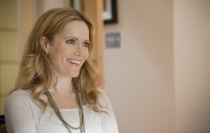 Leslie Mann HD Wallpaper