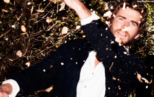 Liam Hemsworth Desktop