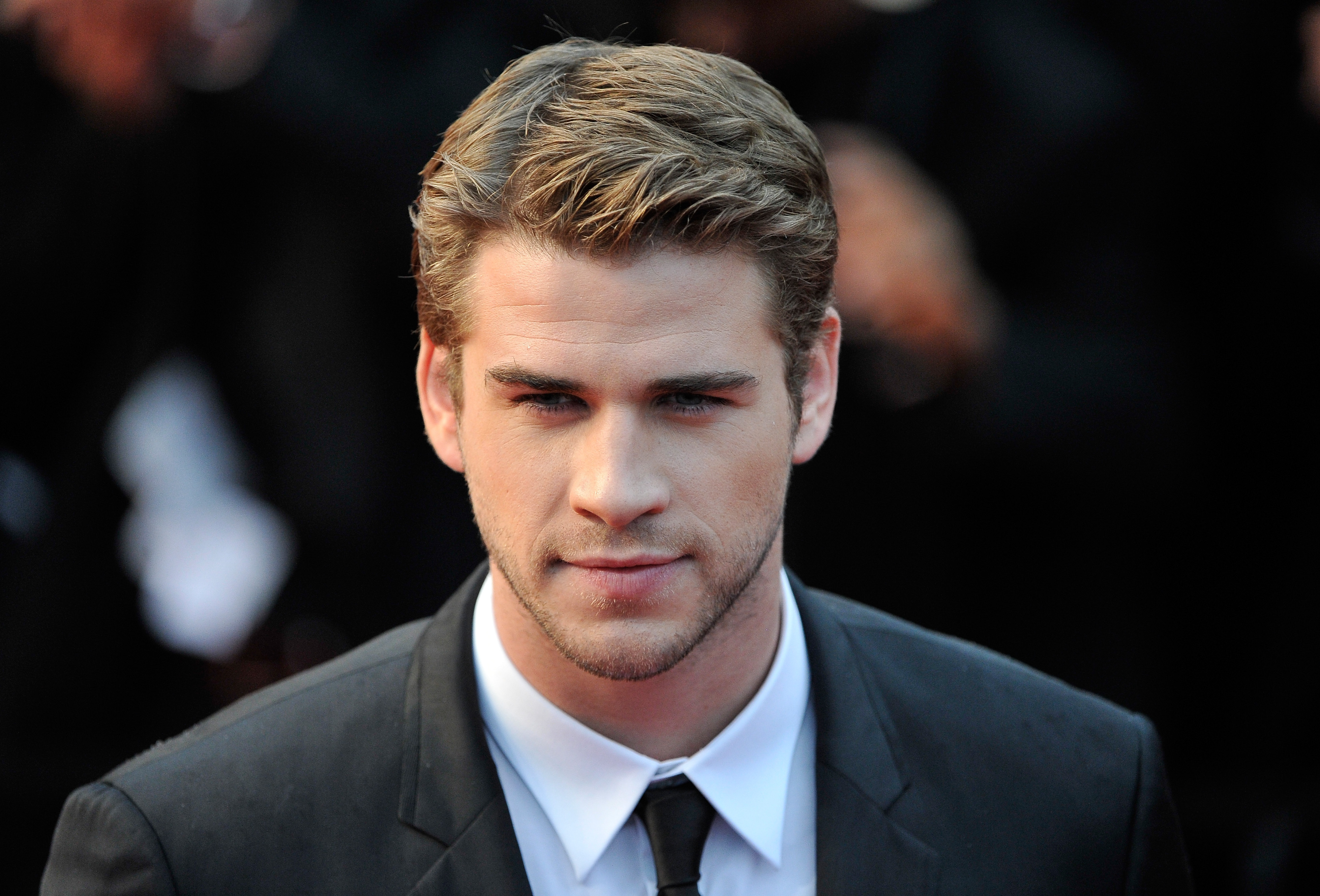 Liam Hemsworth Wallpapers High Resolution and Quality Download