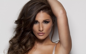 Lucy Pinder Images