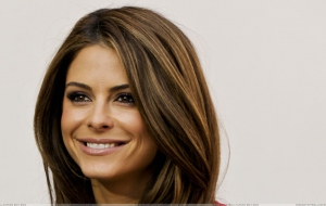Maria Menounos Pictures