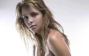 Mischa Barton High Definition