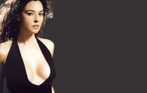 Monica Bellucci Background