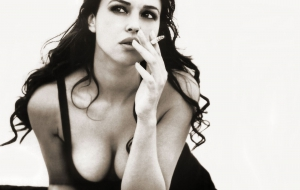 Monica Bellucci High Definition Wallpapers