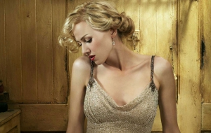 Naomi Watts For Desktop