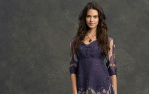 Odette Annable High Definition