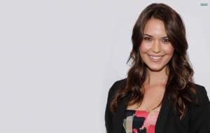 Odette Annable Images