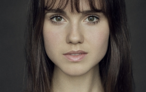 Poppy Drayton Photos