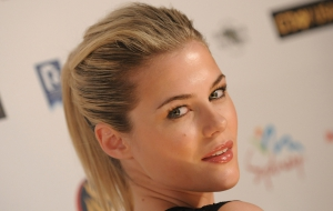 Rachael Taylor Background