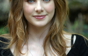 Rachel Hurd Wood Widescreen