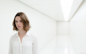 Rebecca Hall For Desktop
